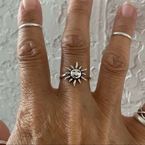 Jewelry - Sterling Silver Smiling Sun 🌞 Ring, Silver Rings